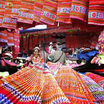 Le textile local des hmong l heritage du passe 1