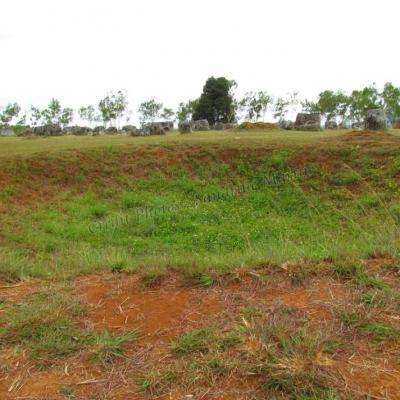 Phonsavanh plaines de jarres site 1 cratc3a8re de bombe